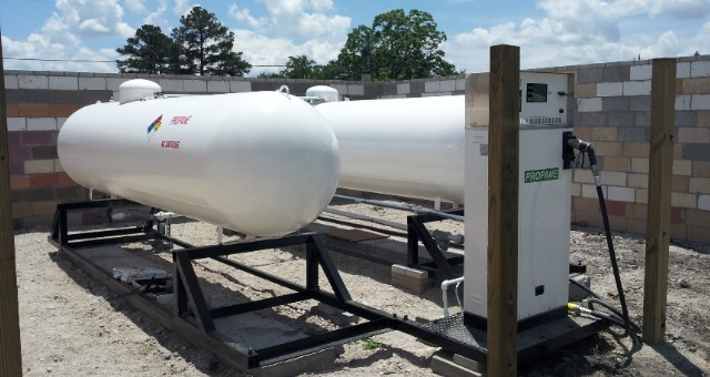 commercial-industrial-propane-tanks