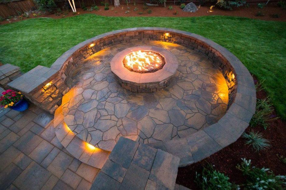 Outdoor patio gas lighting